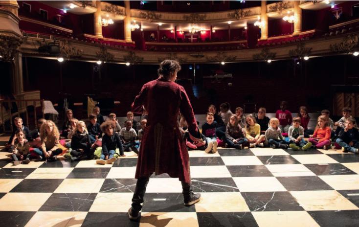 Piccola Tosca initie les enfants à l'opéra