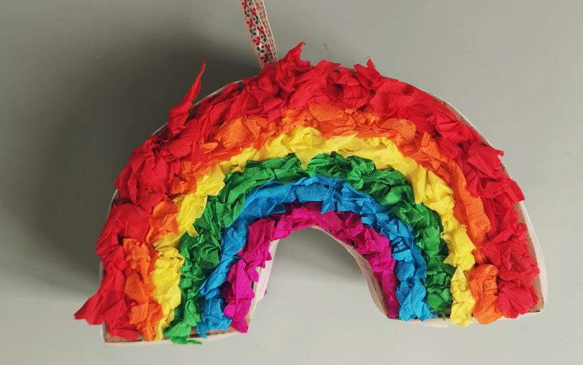 La piñata qui donne de l'espoir (et amuse les kids)
